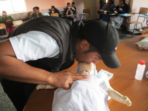 Resuscitating newborns